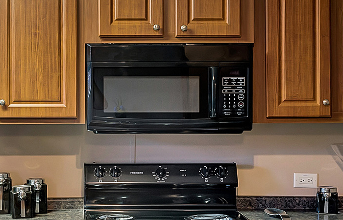 Blk Over-the-Range Microwave
